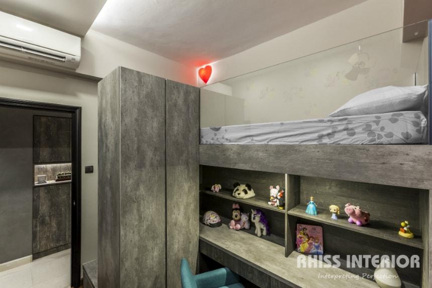 Thomson 800-04-Bedroom